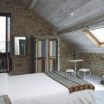 habitación abuhardillada hotel rural en Galicia con encanto Rías Baixas