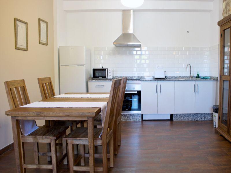 casa-rural-en-ribeira-cocina-vionta